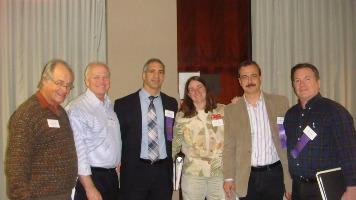Juri da classe expositiva: Alfredo Frohlich, James Gough, Yamil Kouri, Kathryn Johnson (jurada observadora), Reinaldo Macedo e Thomas Lera